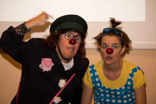 Des clowns à la conférence inaugurale de la Semaine du Cerveau!